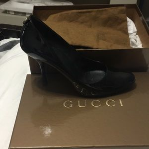 Size 9 black Gucci heel